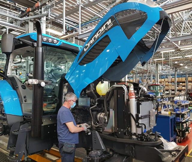 Covid-19: Las fábricas de Argo Tractors reinician la producción