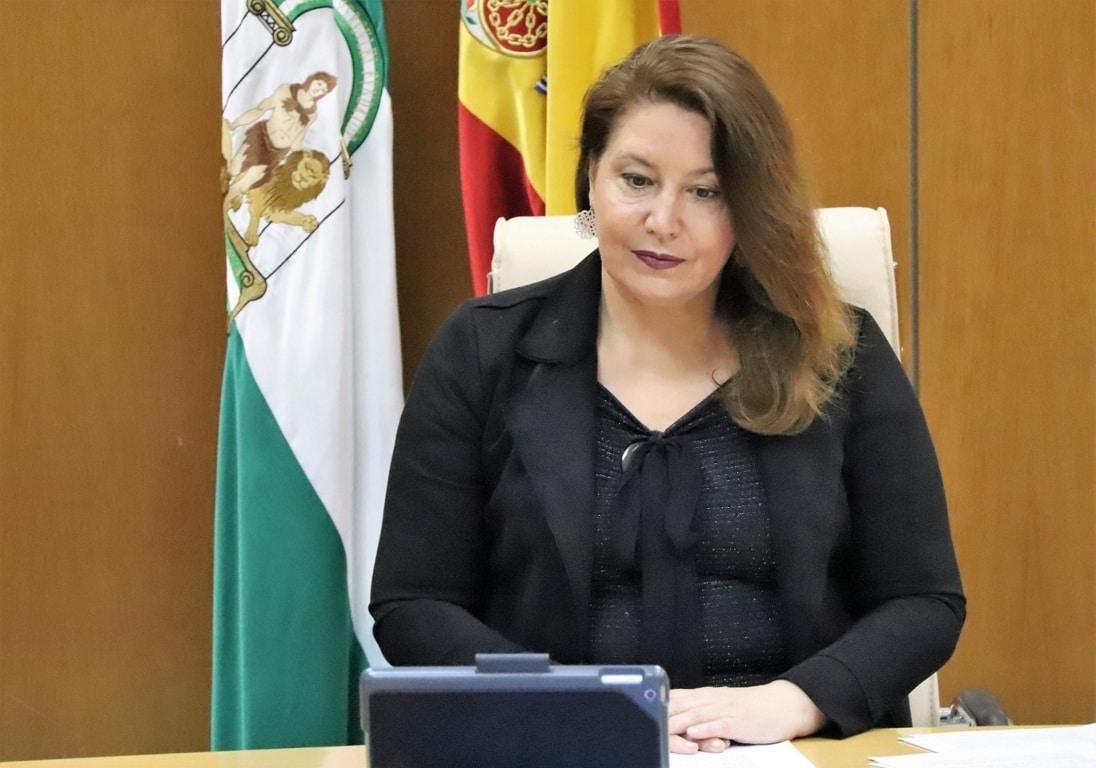 ¿Existe exclavitud en el campo andaluz, como parece dar por hecho la ministra de Trabajo?