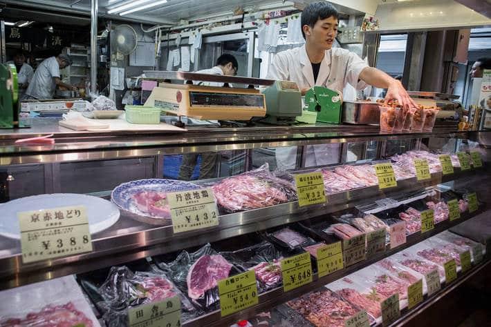 Los precios mundiales de los alimentos básicos bajaron en abril por la fuerte contracción de la demanda