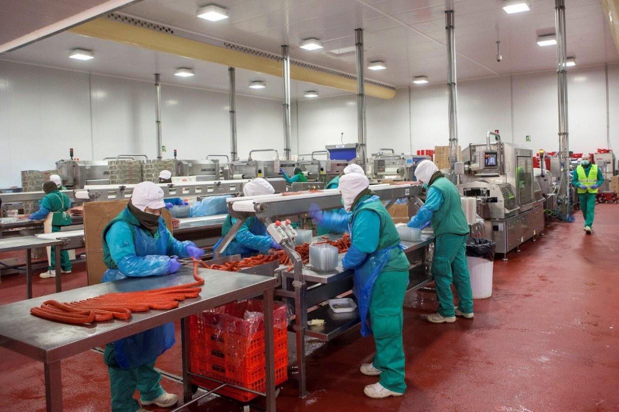 La patronal cárnica ANICE destaca el estricto cumplimiento de las medidas de seguridad en sus industrias