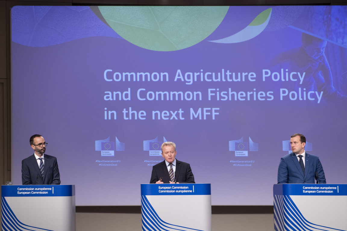 Wojciechowski insiste en que la PAC 2021-2027 contará con más dinero que en la propuesta fallida de 2018