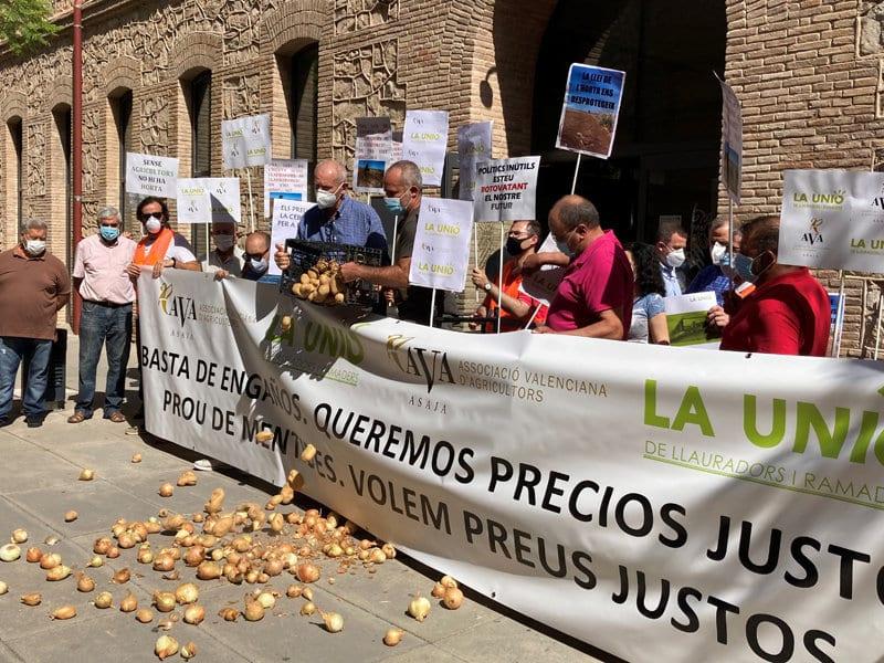 AVA-ASAJA y LA UNIÓ arrancan hoy una campaña de protestas sectoriales en la Comunidad Valenciana