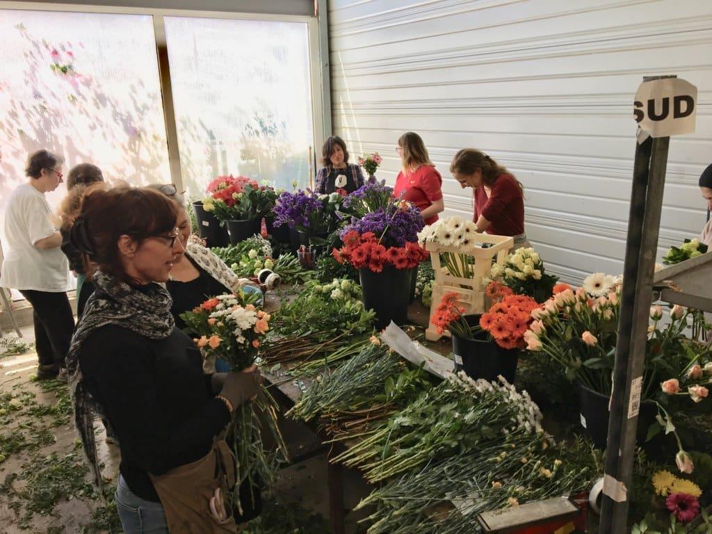 Asociaciones de la flor cortada y planta ornamental de 10 CC.AA. demandan ayudas urgentes al Gobierno y a la CE