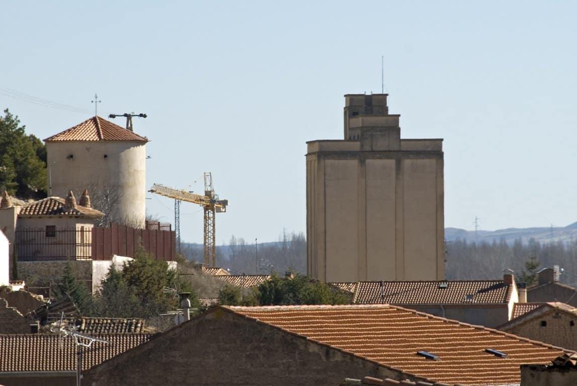 El FEGA pone a la venta 28 silos en Aragón y Castilla y León