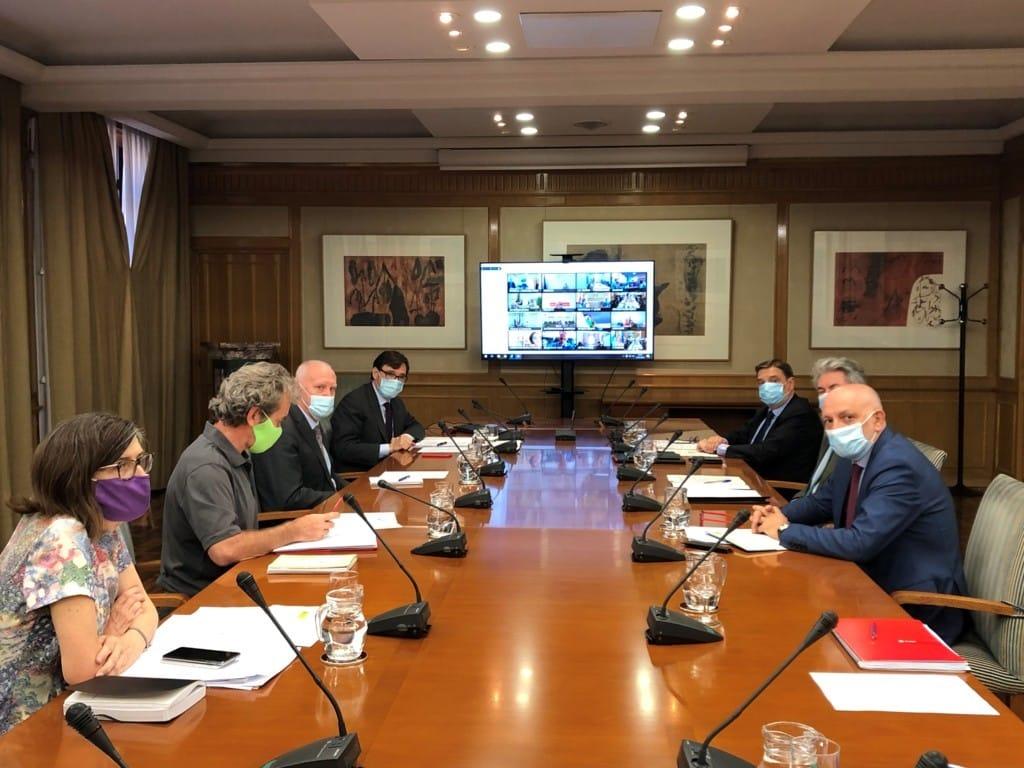 El Gobierno y 11 CC.AA. abordan la situación de los temporeros agrícolas ante la pandemia del Covid-19