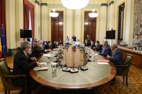 Planas pide unidad constructiva a las OPAs para fijar el modelo agrario de aplicación de la PAC 2021-2027