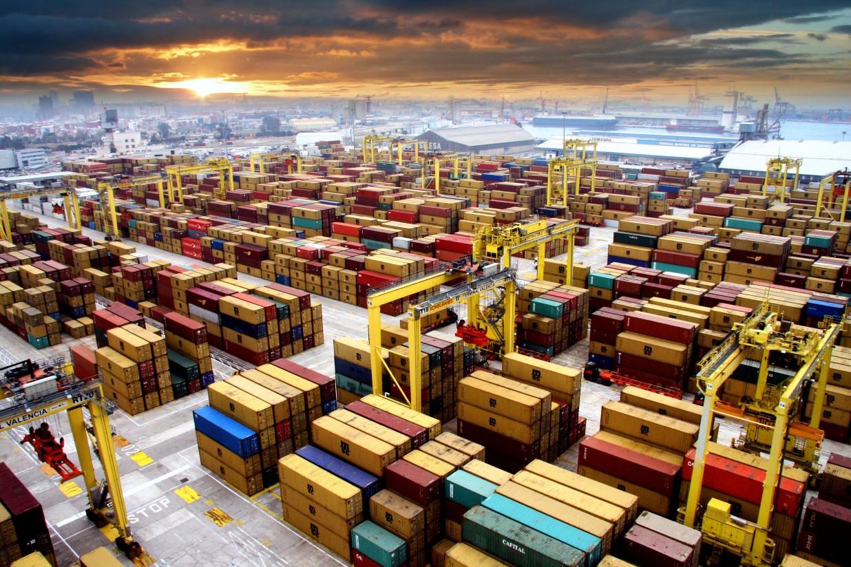 El Gobierno español y los sectores afectados rechazan la decisión de EE.UU. de mantener los aranceles