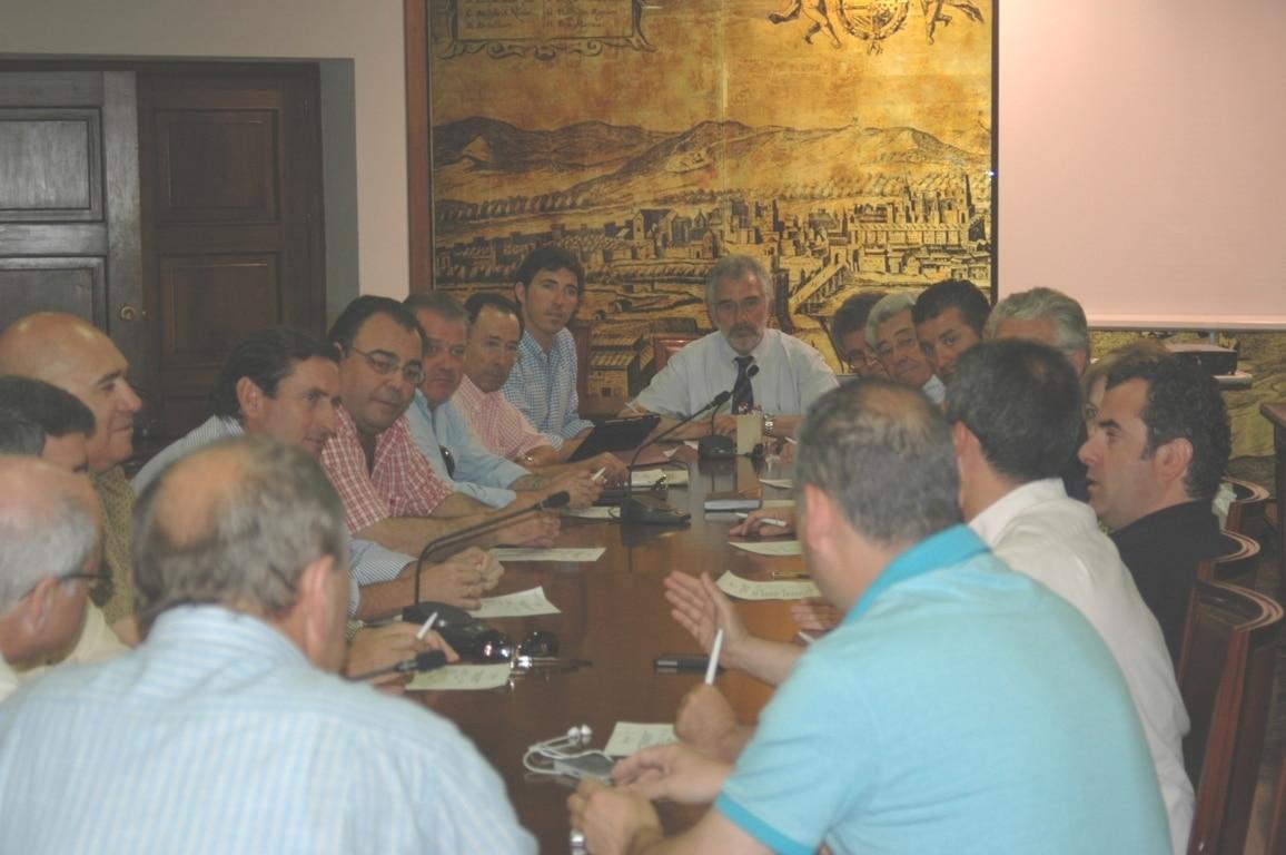 Creada la primera lonja de la almendra en Andalucía en la Cámara de Comercio de Córdoba