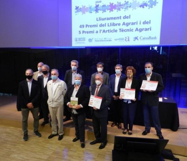 «La alfalfa. Agronomía y utilización» gana el 49º Premio del Libro Agrario