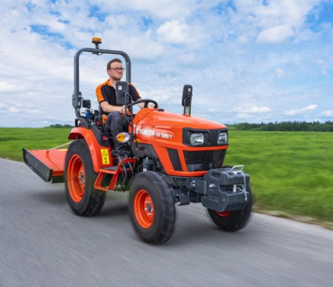 Kubota presenta sus nuevos tractores compactos E Kubota serie EK1