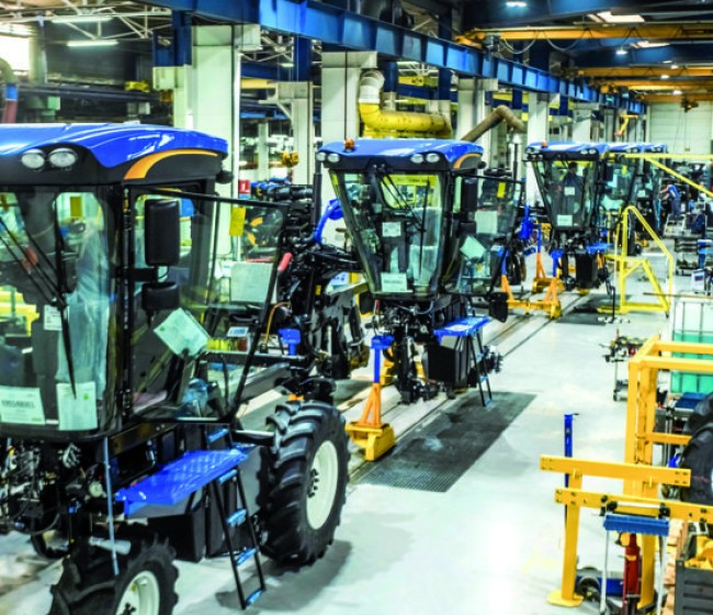 Las vendimiadoras y tractores de New Holland producidos en Coex obtienen el sello Origine France Garantie