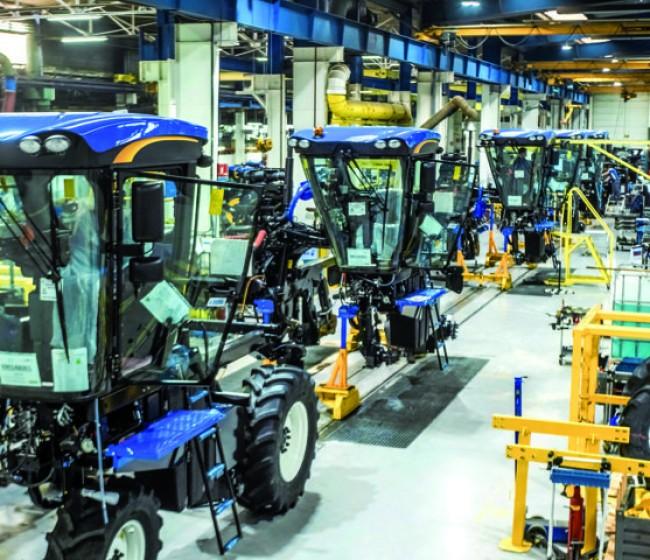 Las vendimiadoras y tractores de New Holland producidos en Coex obtienen el sello Origine France Garantie