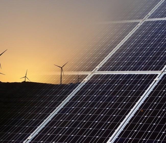 El Gobierno activa ayudas para proyectos renovables en el sector agroalimentario andaluz y extremeño