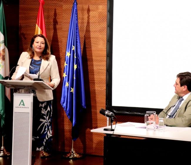 Junta de Andalucía y cooperativas discrepan sobre el volumen de aceite de oliva del primer aforo de 2020/21