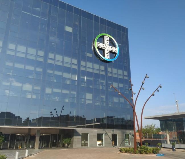 Iberdrola y Bayer firman por 10 años su acuerdo de suministro de electricidad 100% renovable