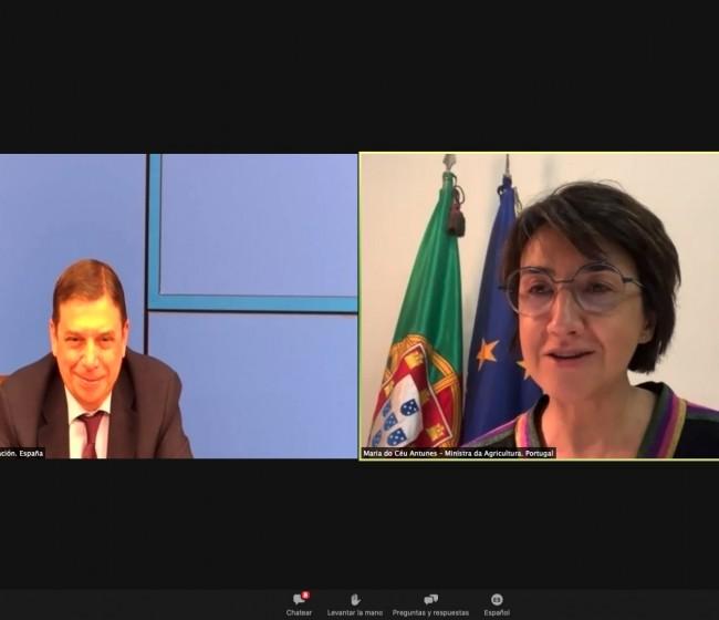 Luis Planas destaca el gran encaje de la ganadería extensiva en la futura PAC