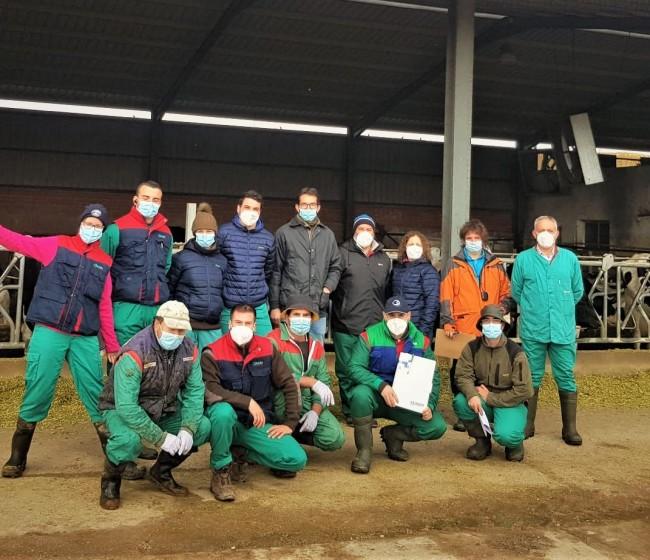 Cobadu actualiza su formación en bienestar animal en vacuno