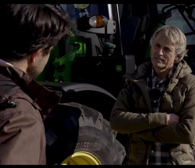 John Deere sorprende en su presentación de la nueva serie 6M con un invitado muy especial