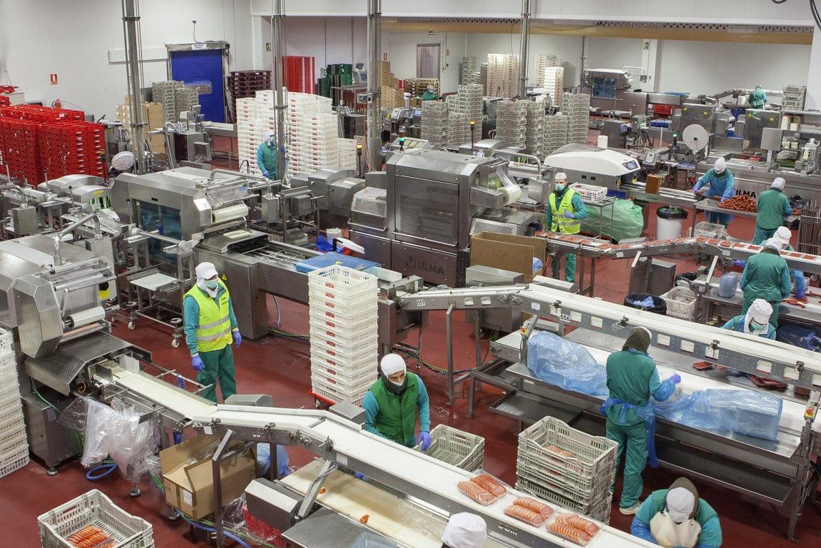El impacto de la Covid-19 frena la creación de empleo en la industria alimentaria