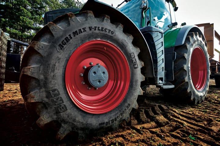 BKT amplía la gama de neumáticos Agrimax V-Flecto con nuevas medidas