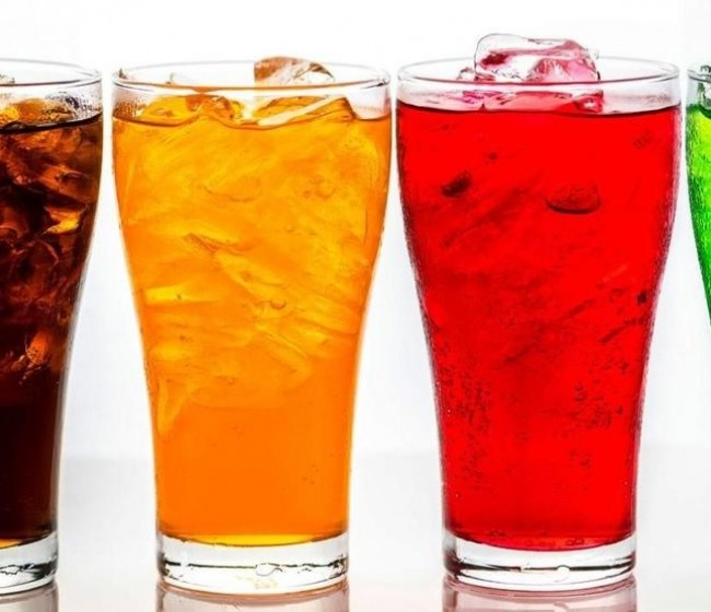 FIAB y los sindicatos piden un aplazamiento de la subida del IVA a las bebidas azucaradas