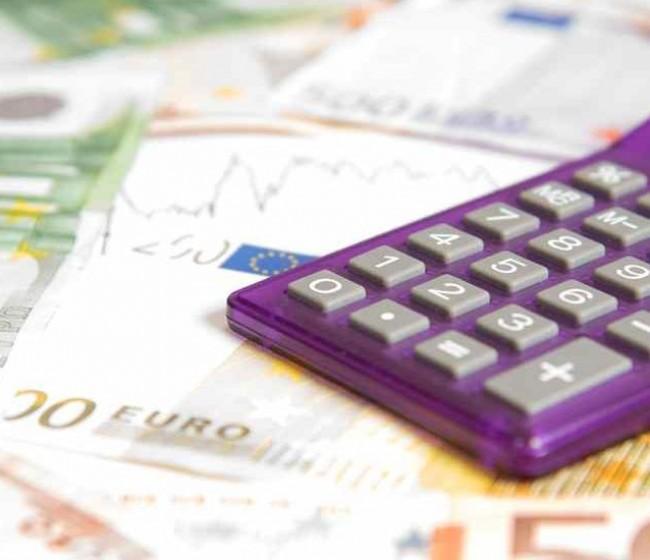 Losregantes estiman un ahorro del 20% de la factura eléctrica con la firma de dos contratos al año