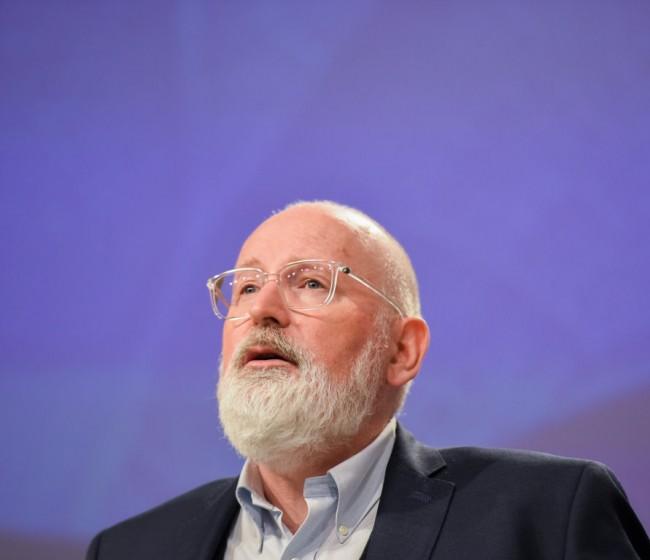 Timmermans: hay margen negociador para no retirar la propuesta de reforma de la PAC