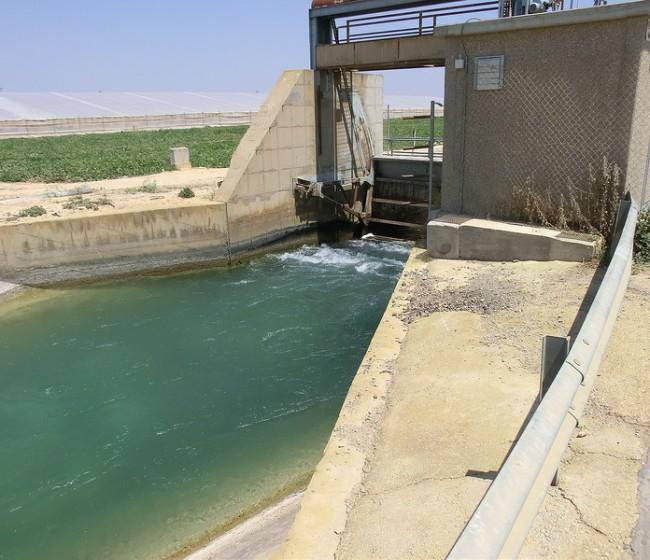 Los regantes piden a Sánchez un PHN en el que el Estado ejerza sus competencias en materia de agua