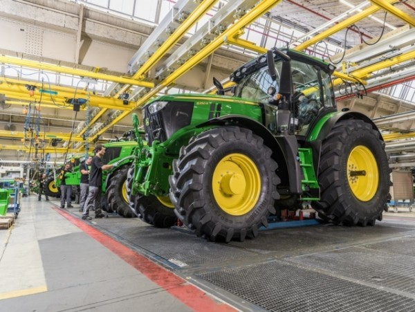 Deere logra un beneficio neto de más de 1.000 millones de euros en el primer trimestre
