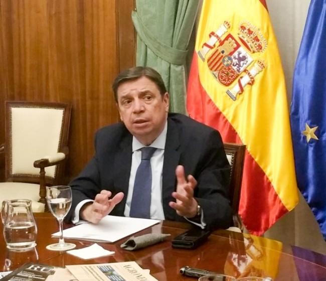 """Luis Planas: """"No podemos seguir perpetuando que agricultores vecinos, con la misma actividad, reciban ayudas PAC tan discriminatorias»"""