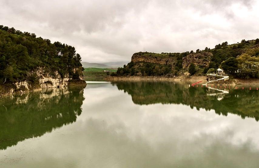 El Miterd prevé invertir unos 7.000 M€ en materia de agua en los próximos seis años