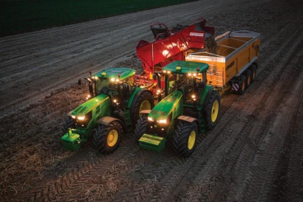John Deere Machine Sync, ahora también en tractores y picadoras de forraje