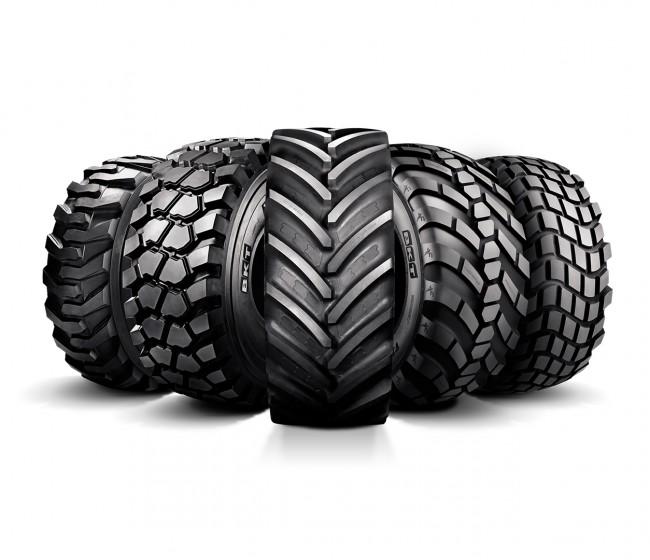 AGRIMAX y EARTHMAX, los neumáticos de BKT para agricultura y construcción