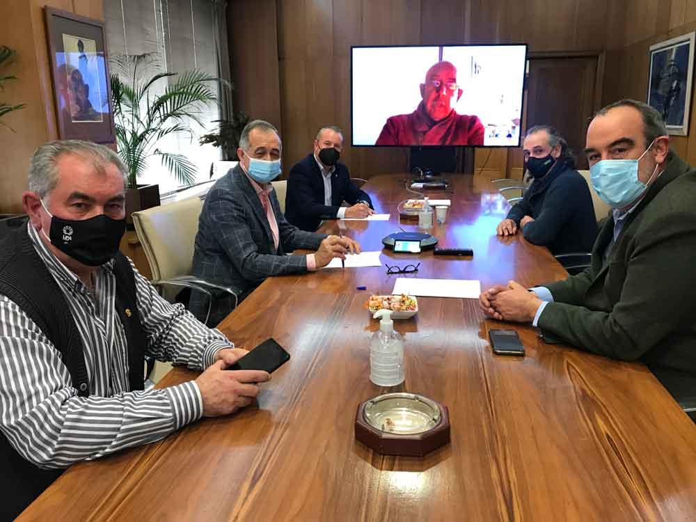 ACOR y las OPAs firman unAcuerdo marco para la sostenibilidad del cultivo de remolacha hasta 2026/27