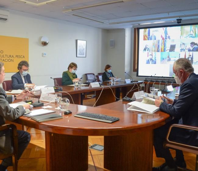 Catorce países apoyan a Planas en su demanda de fondos adicionales urgentes a la UE para el sector vitivinícola