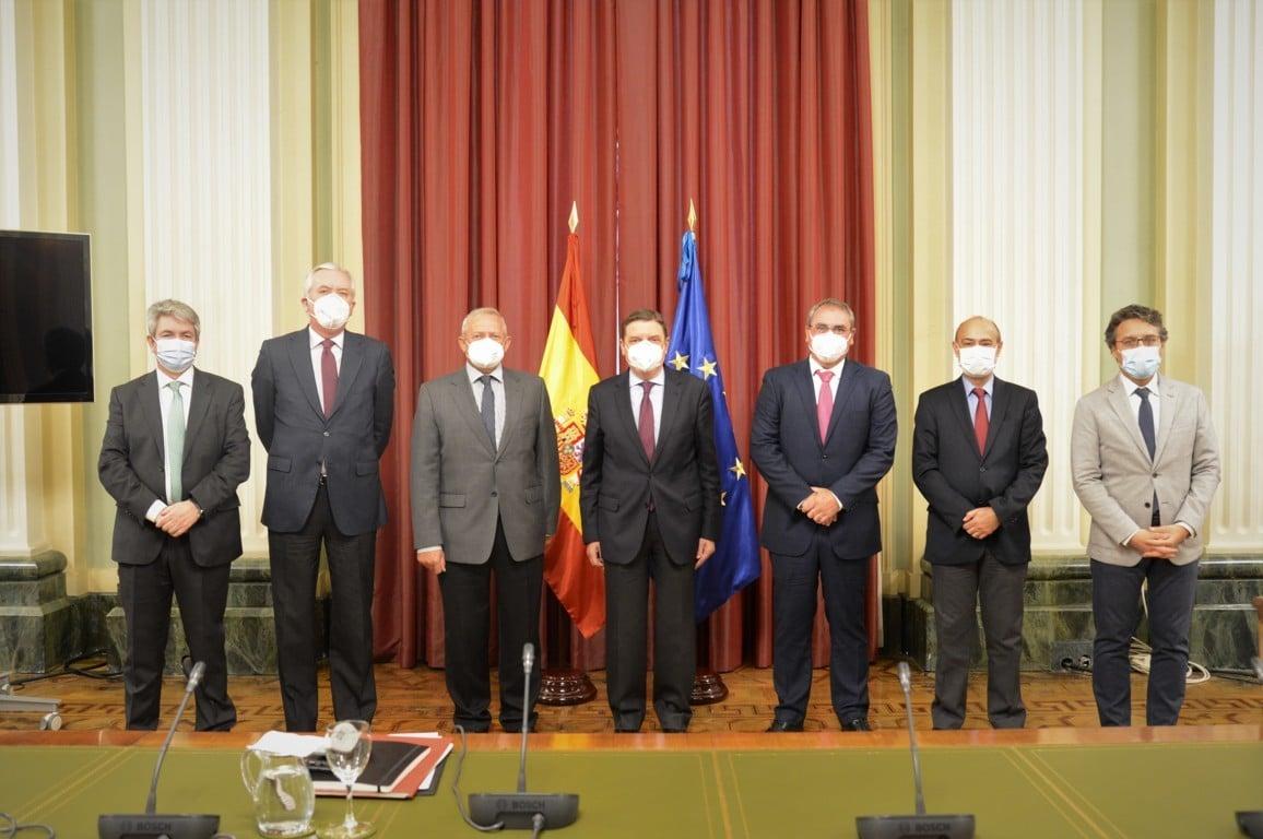 Cooperativas pide a Planas intervenciones sectoriales a través de OPs de carácter económico en el PEPAC