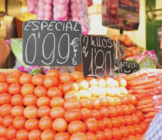 La CE no prevé modificar el sistema de precios de entrada de frutas y hortalizas de Marruecos pese a las denuncias de fraude
