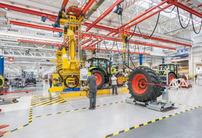 Claas inaugura su nueva fábrica de tractores en Le Mans, «la fábrica del futuro»