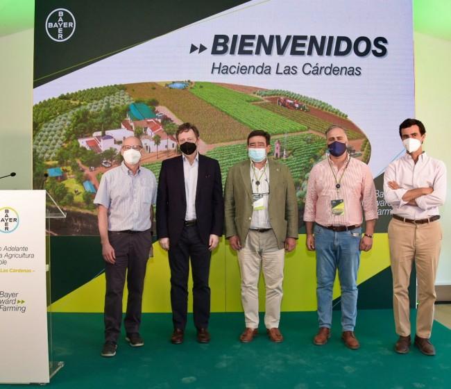 Bayer presenta la primera finca en España de su iniciativa internacional ForwardFarming