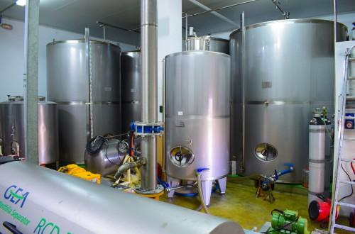Bruselas prevé menos de 500.000 t de stock final 2020/21 de aceite de oliva en la UE