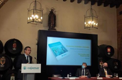 Cajamar presenta en Jerez una publicación sobre enoturismo sostenible e innovador