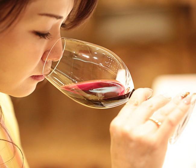 Remontada de las exportaciones vitivinícolas españolas en el primer trimestre, según el OeMv