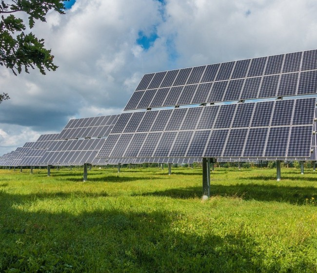 Reclaman una zonificación oficial de interés agrario para proteger el suelo de la invasión de grandes fotovoltaicas