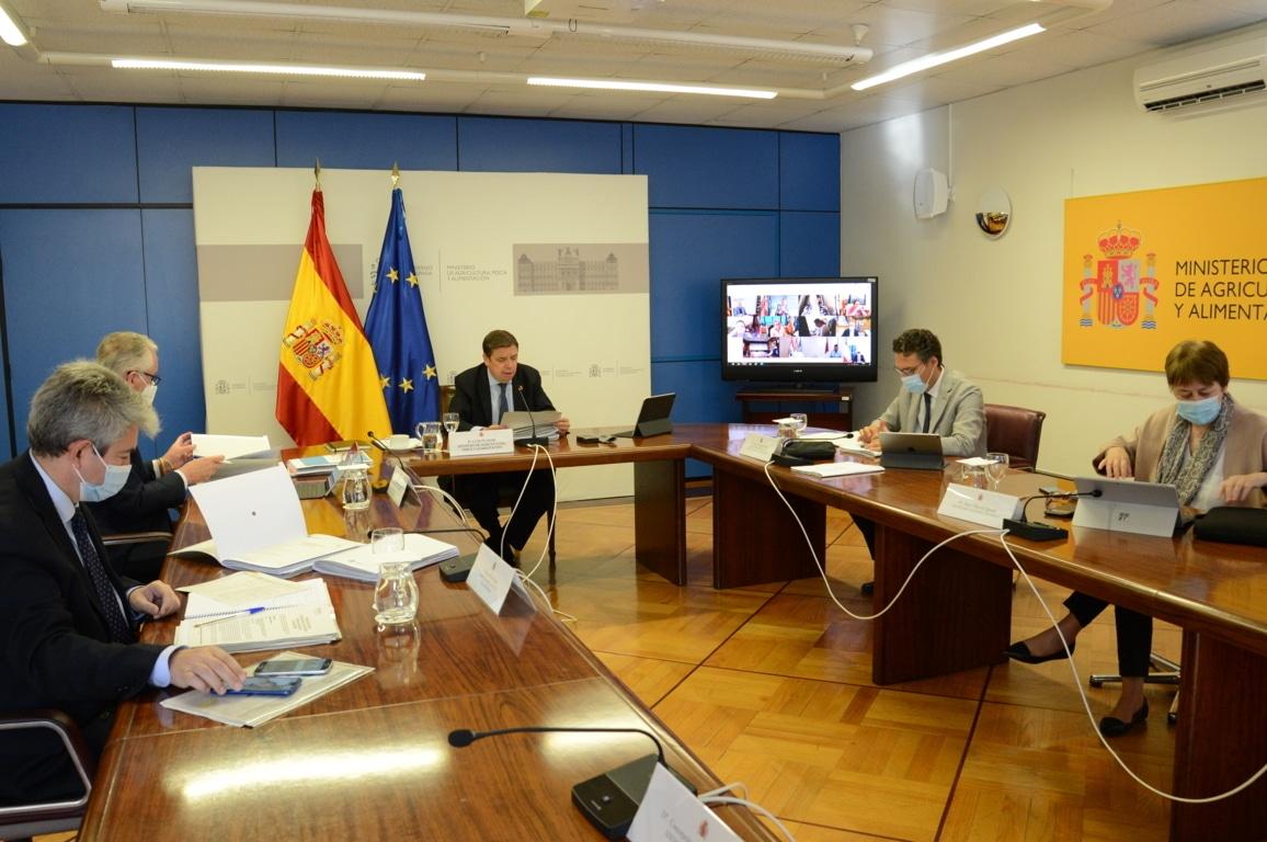 Planas confía en reunir a las CC.AA. en la primera quincena de julio para el acuerdo político sobre la PAC