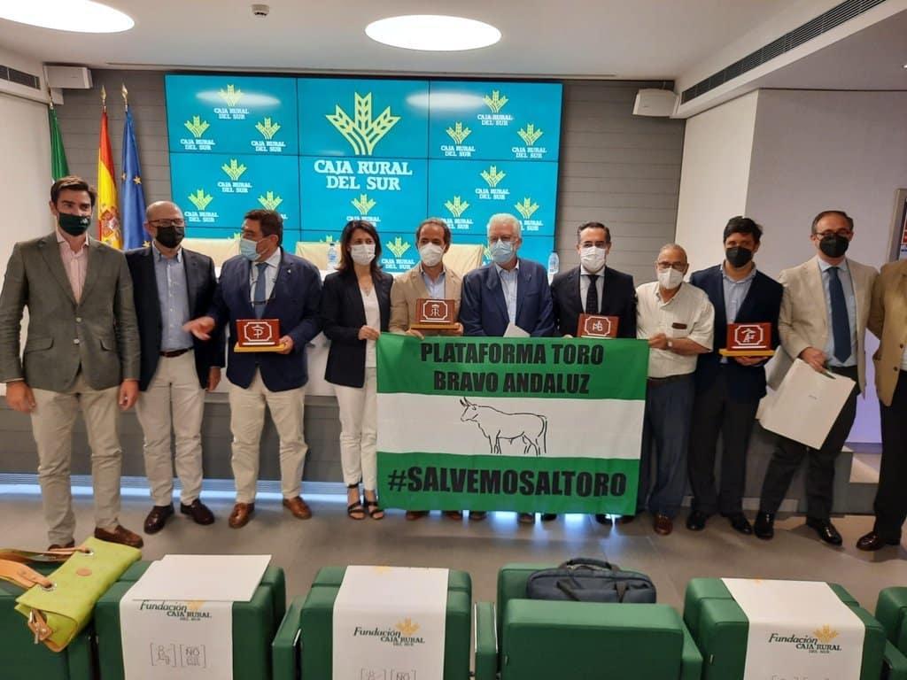 La Junta andaluza habilitará 4 M€ en ayudas para las explotaciones de ganado de lidia