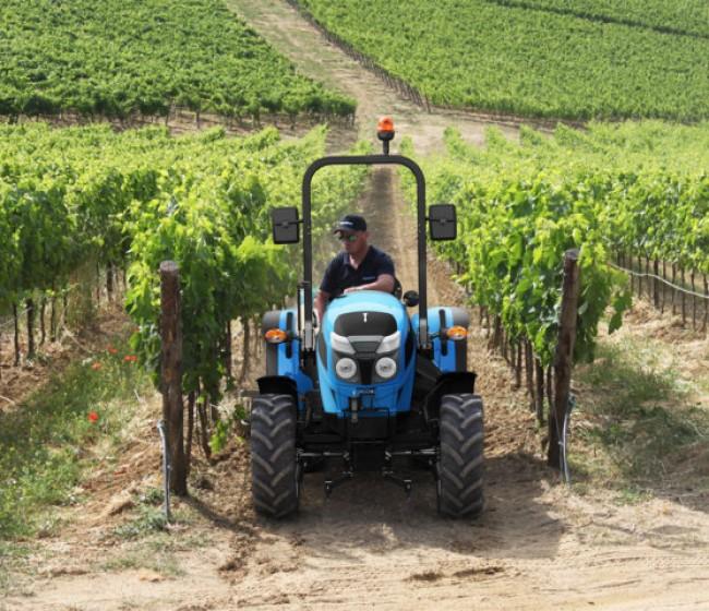 Nueva gama de tractores compactos Landini Mistral2Stage V
