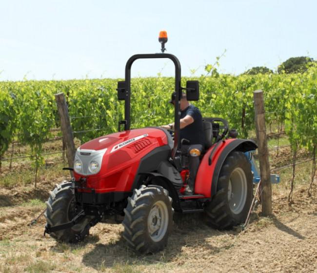 Nueva gama de tractores compactos McCormick X2 Fase V