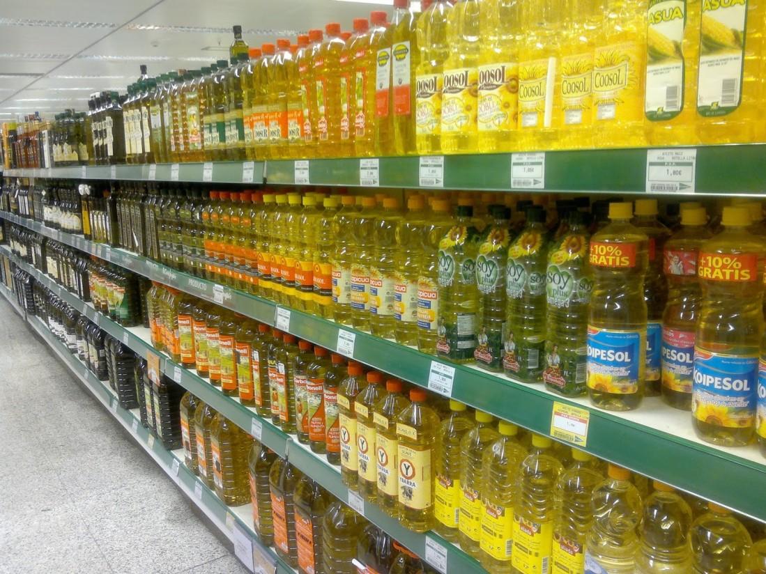 El mercado absorbió en mayo casi 136.000 t de aceite de oliva