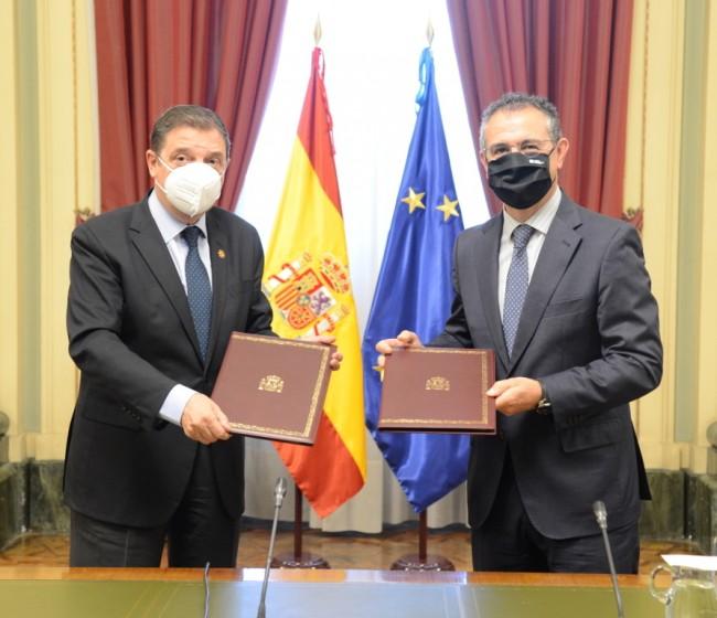 El MAPA y Cajamar rubrican un protocolo para trabajar conjuntamente en el marco del Plan de Recuperación agroalimentario