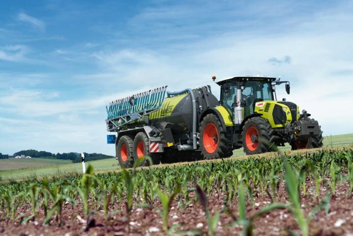 Claas incluye el freno de remolque automático en la oferta de los tractores Arion con caja de cambios Cmatic